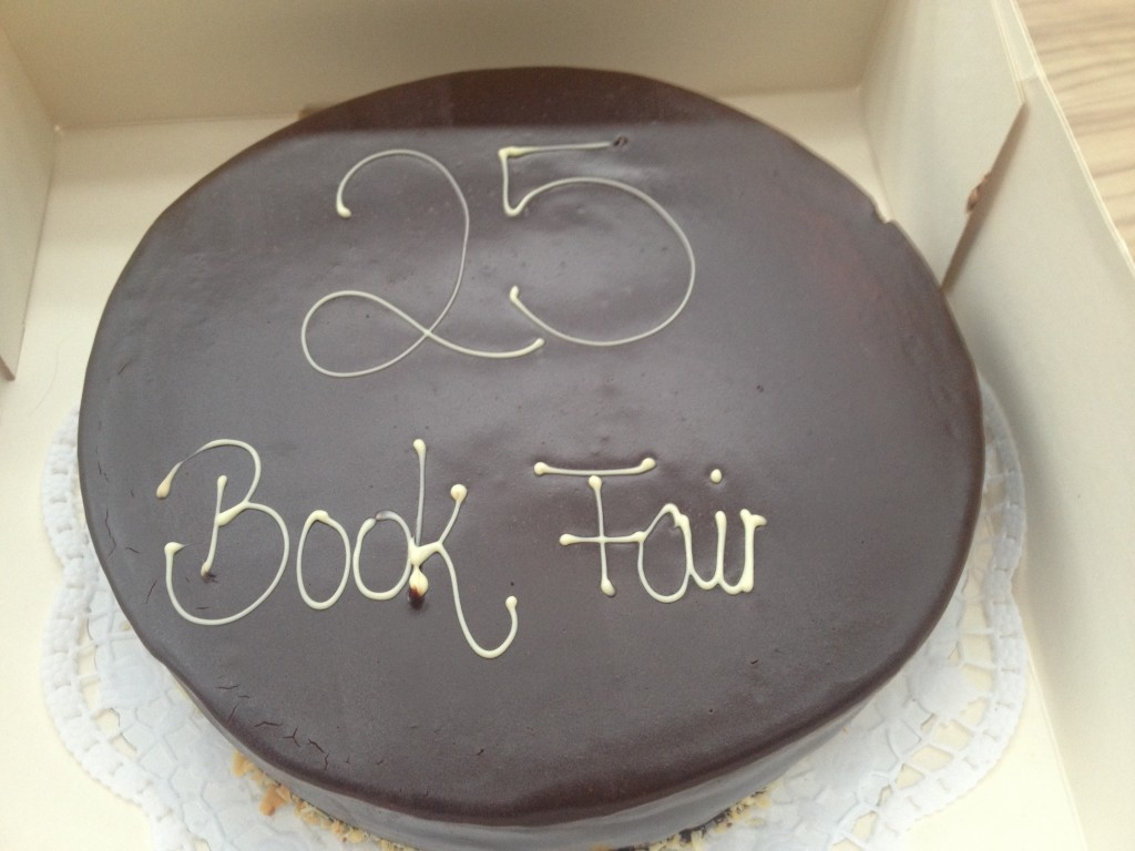25 years at Frankfurt Book Fair, celebrated with cake