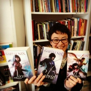 Publisher Eva with the new Old Kingdom books!